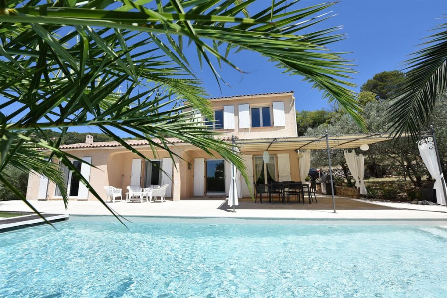Holiday rentals Draguignan - House - 6 persons - BBQ - Photo N° 1