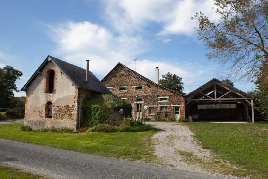 Location vacances Saint-Martin-du-Limet -  Gite - 50 personnes - Barbecue - Photo N° 1