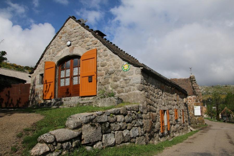 Location vacances Pont-de-Montvert-Sud-Mont-Lozère -  Gite - 5 personnes - Barbecue - Photo N° 1