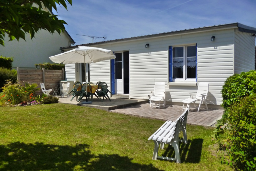 Holiday rentals Montmartin-sur-Mer - House - 4 persons - BBQ - Photo N° 1
