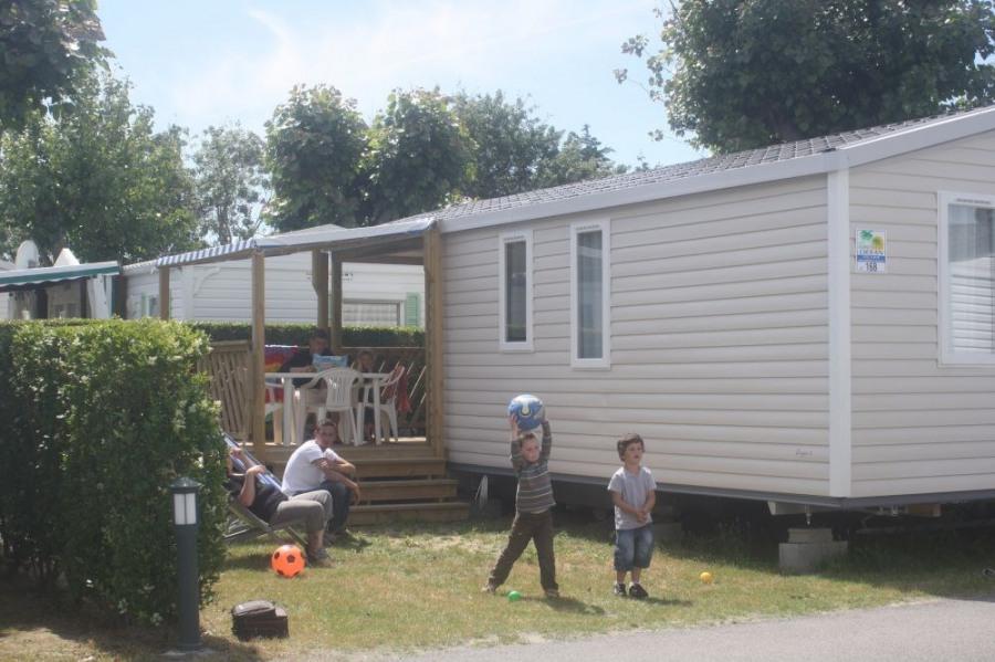 MH 2 ou 3 chambres, récent, avec terrasse intégrée