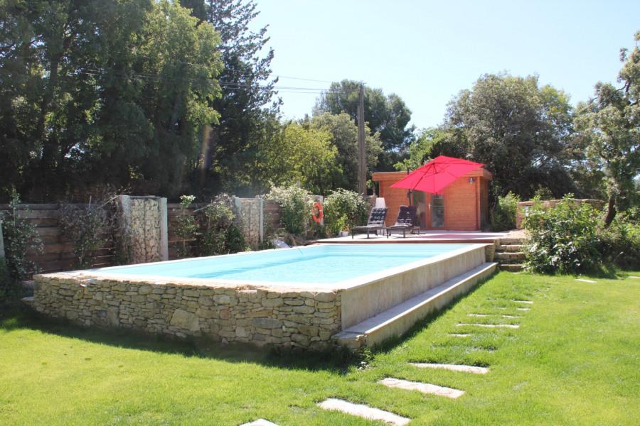 Location vacances Cornillon-Confoux -  Gite - 4 personnes - Barbecue - Photo N° 1