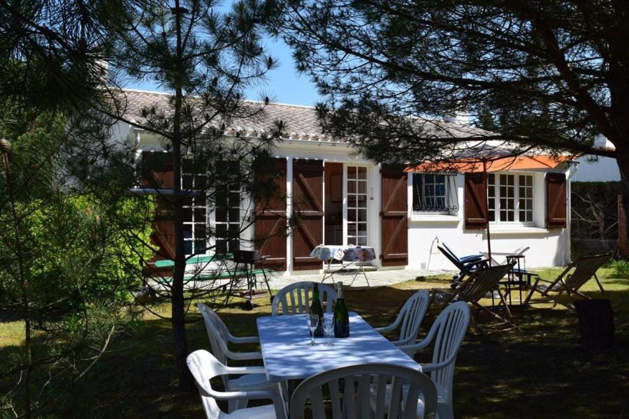 Location vacances Saint-Hilaire-de-Riez -  Maison - 8 personnes - Jardin - Photo N° 1