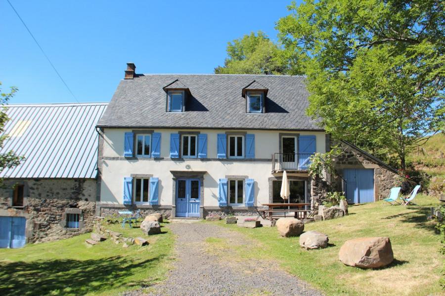 Location vacances Picherande -  Gite - 8 personnes - Barbecue - Photo N° 1