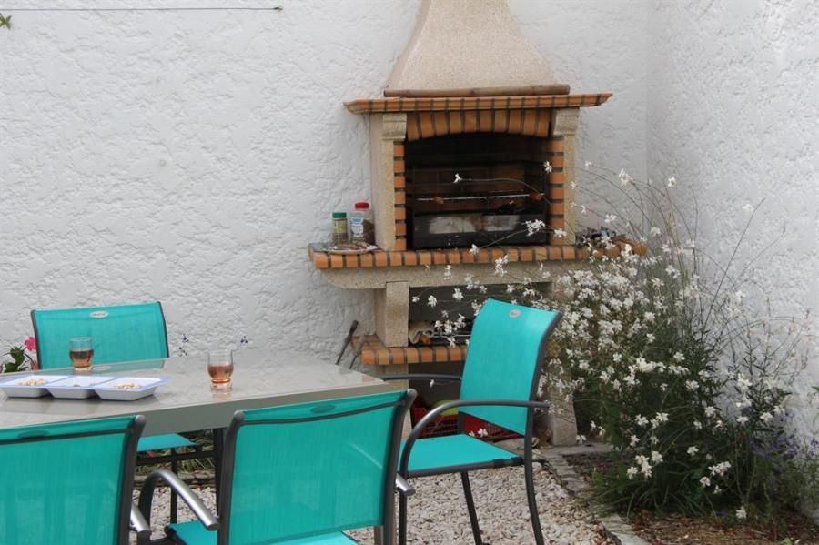 Location vacances Les Mathes -  Maison - 8 personnes - Barbecue - Photo N° 1