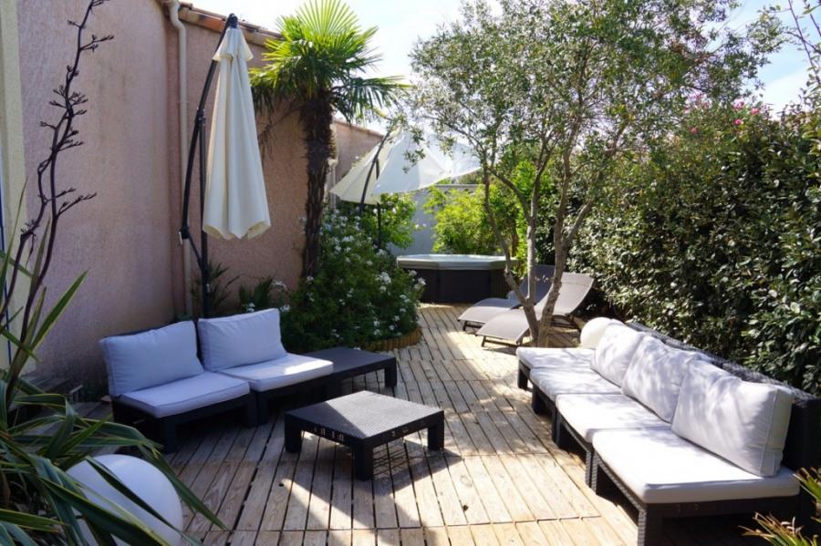 Salon jardin et SPA