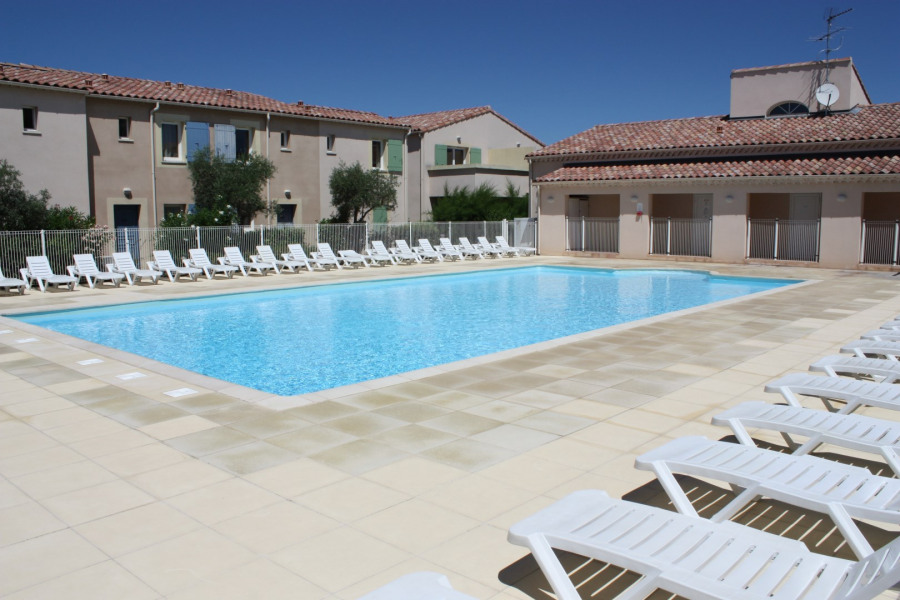 Holiday rentals Mouriès - Holiday complex - 4 persons -  - Photo N° 1