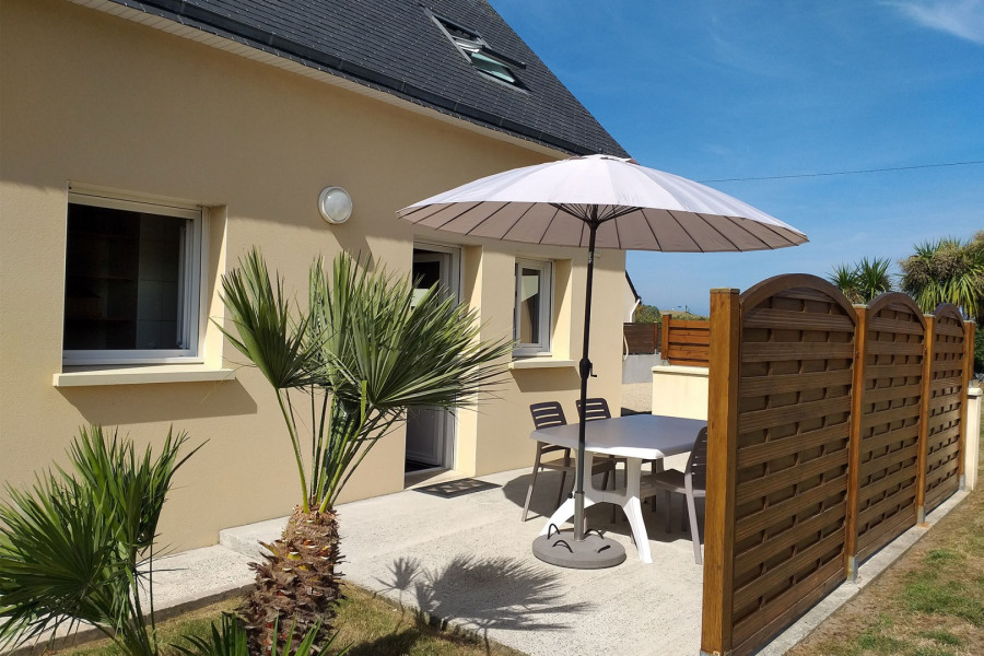 Holiday rentals Cléder - House - 4 persons - BBQ - Photo N° 1