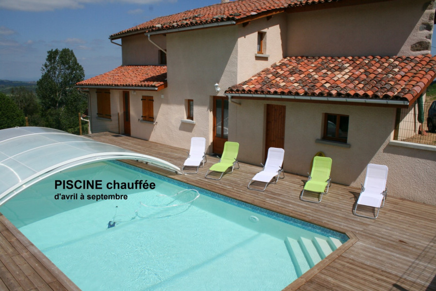 Gîtes 6 pers.  en pleine nature et au calme, région Auvergne-Rhône-Alpes
