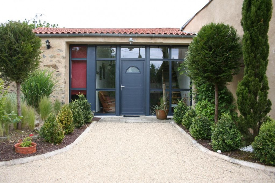 Holiday rentals Pouzauges - House - 8 persons - BBQ - Photo N° 1