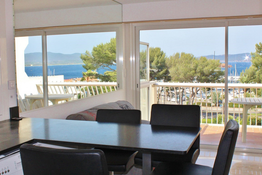 Holiday rentals Saint-Raphaël - Apartment - 3 persons - Television - Photo N° 1