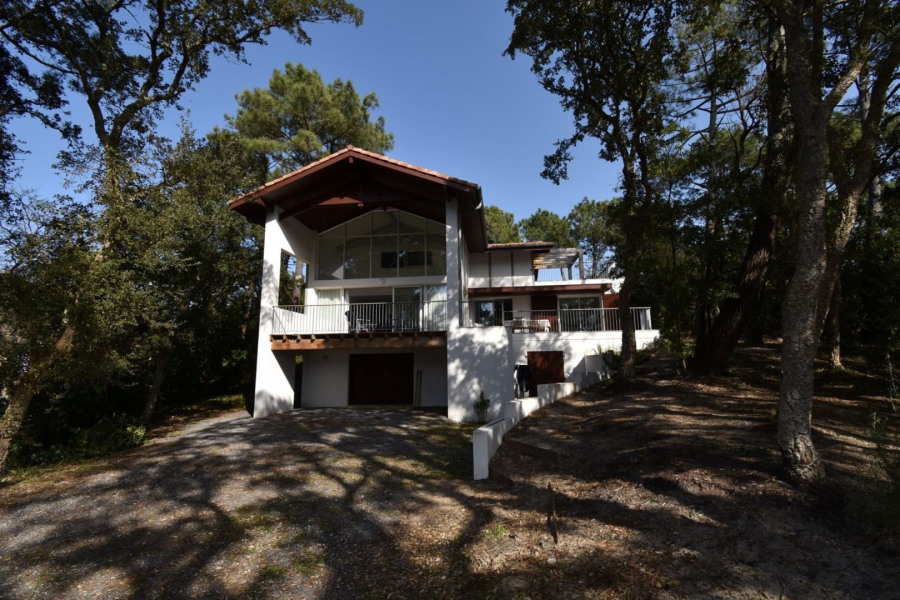 Hossegor - Between lake and Ocean, close to the beaches of Hossegor and 900m from the town centre