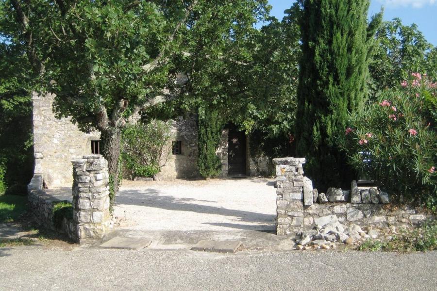 Location vacances Saint-André-de-Roquepertuis -  Maison - 8 personnes - Barbecue - Photo N° 1