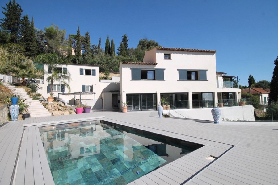 Holiday rentals Mandelieu-la-Napoule - House - 8 persons -  - Photo N° 1