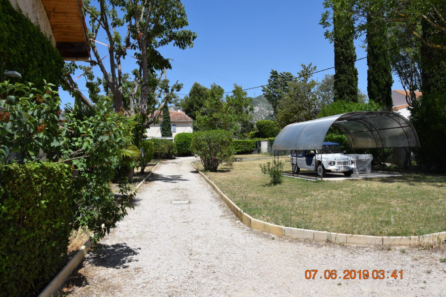Location vacances Gémenos -  Maison - 4 personnes - Barbecue - Photo N° 1