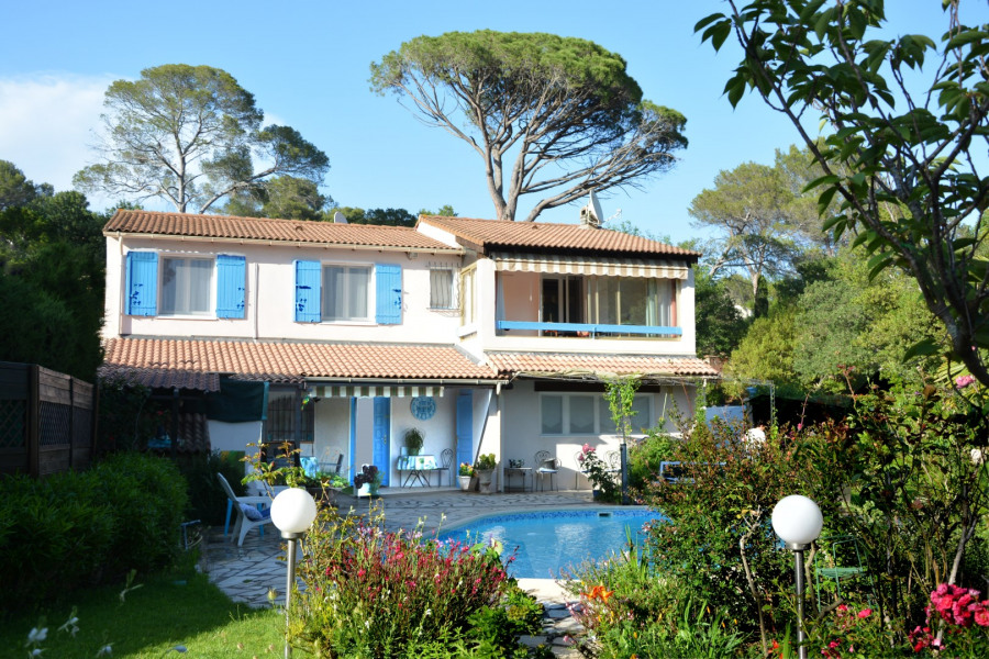 Holiday rentals Fréjus - House - 6 persons - BBQ - Photo N° 1