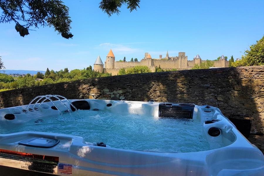 UNIQUE à Carcassonne : villa piscine et jacuzzis au pied des remparts - Carcassonne