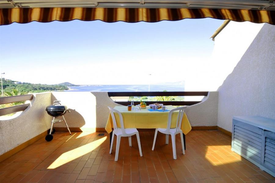 Location vacances Pietrosella -  Appartement - 4 personnes - Jardin - Photo N° 1