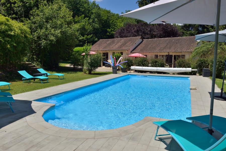 Location vacances Sergeac - Gites avec étangs de pêche privés  avec piscine chauffée