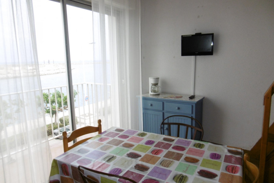 Holiday rentals Port-la-Nouvelle - Apartment - 5 persons - Microwave - Photo N° 1