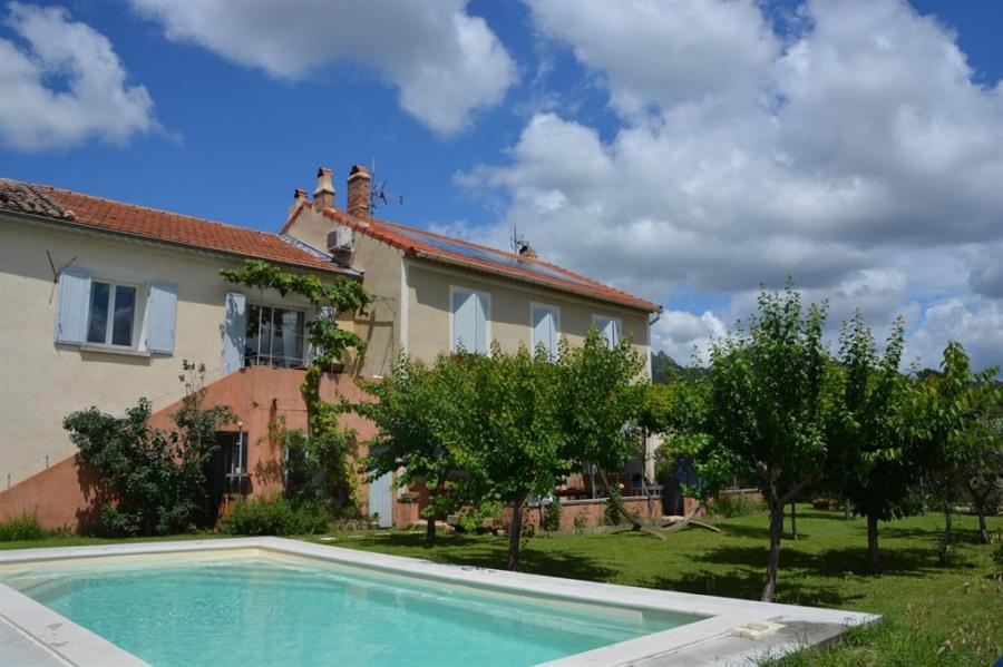 Appartement  dans maison pour 4 personne(s) aux pieds des Dentelles de Montmirail à Vacqueyras