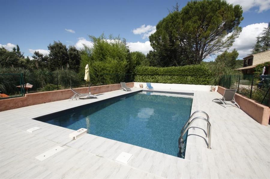 pour 6 pers. avec piscine privée, Gordes