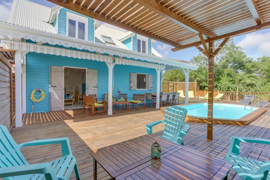 villa créole avec une terrasse de 100m2