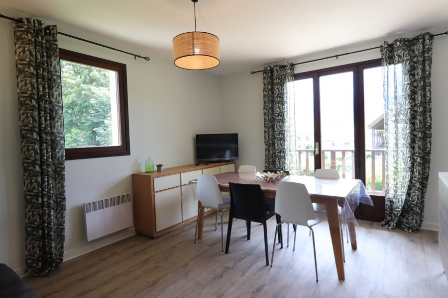 Location vacances Menthon-Saint-Bernard -  Appartement - 6 personnes -  - Photo N° 1