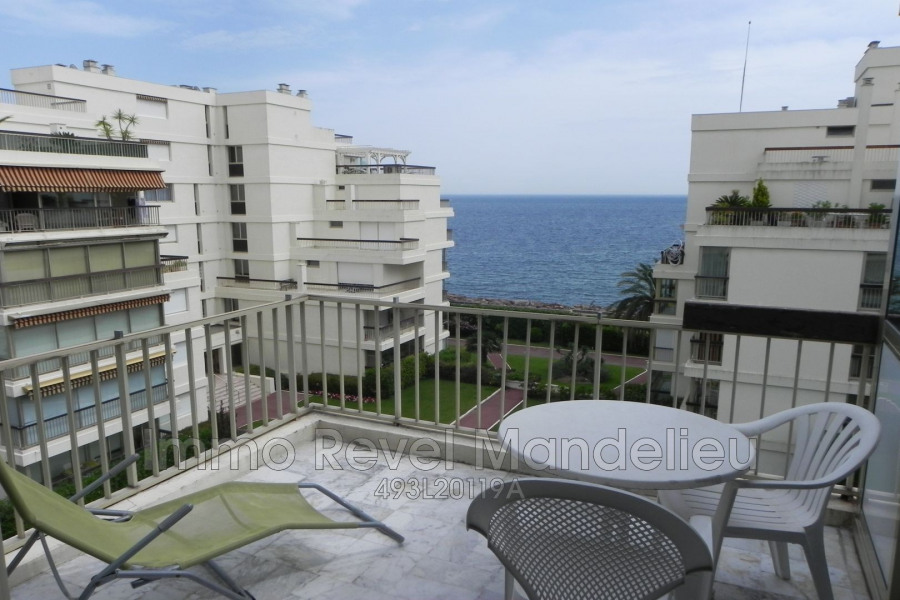 Holiday rentals Mandelieu-la-Napoule - Apartment - 2 persons - Lift - Photo N° 1