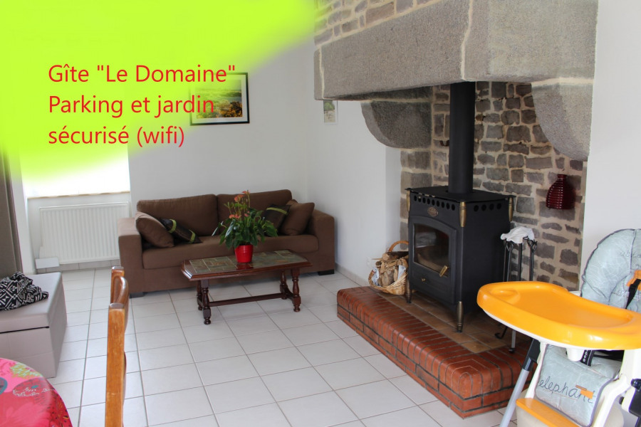 Location vacances Fleury -  Maison - 6 personnes - Barbecue - Photo N° 1