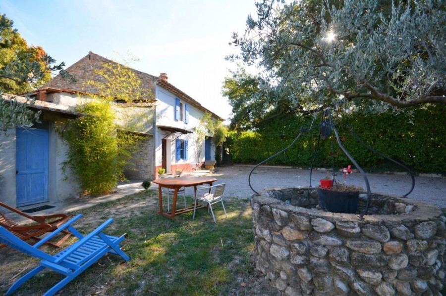Location vacances Saint-Roman-de-Malegarde -  Gite - 4 personnes - Barbecue - Photo N° 1