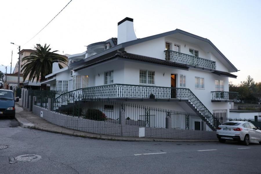 Maison appartement au 1° etage