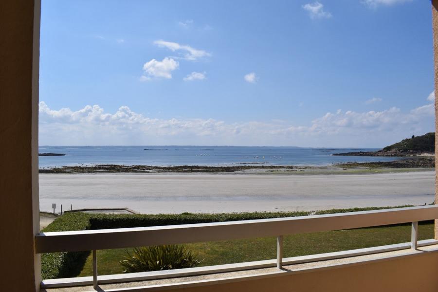Appartement SUPERBE VUE MER, face à la plage de Tresmeur à TREBEURDEN
