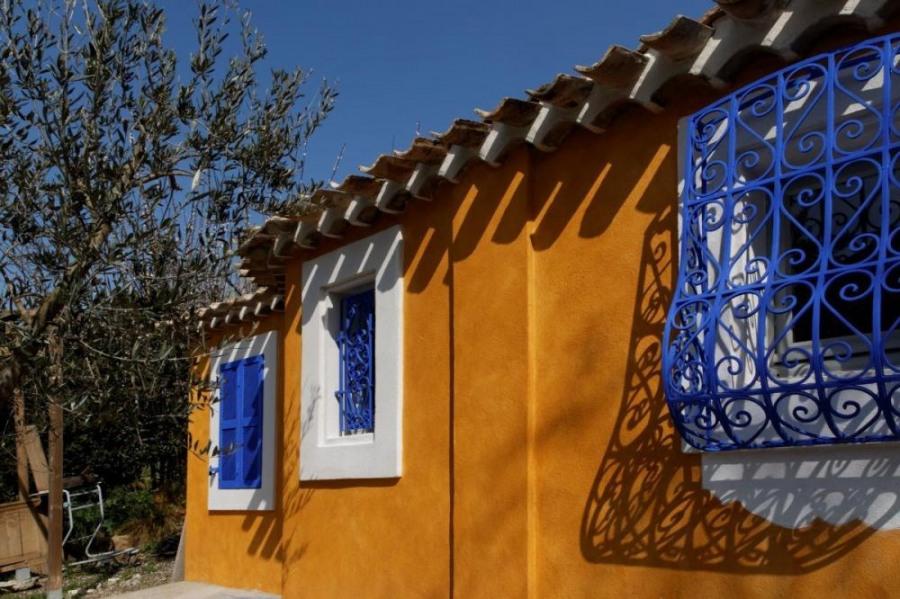 Location vacances Arles -  Gite - 2 personnes - Barbecue - Photo N° 1