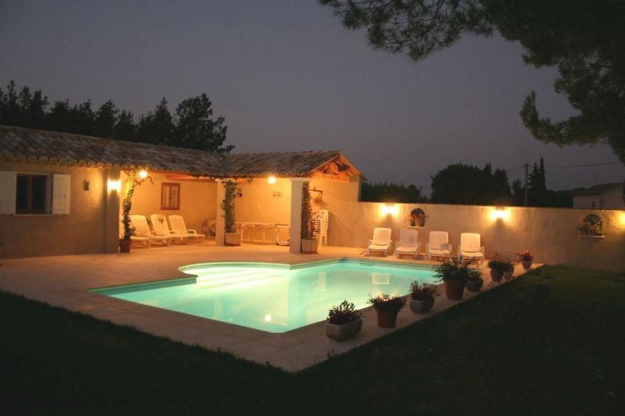 Location Magnifique Mas Provençal de l'espiguette dans un parc regional ALPILLE
