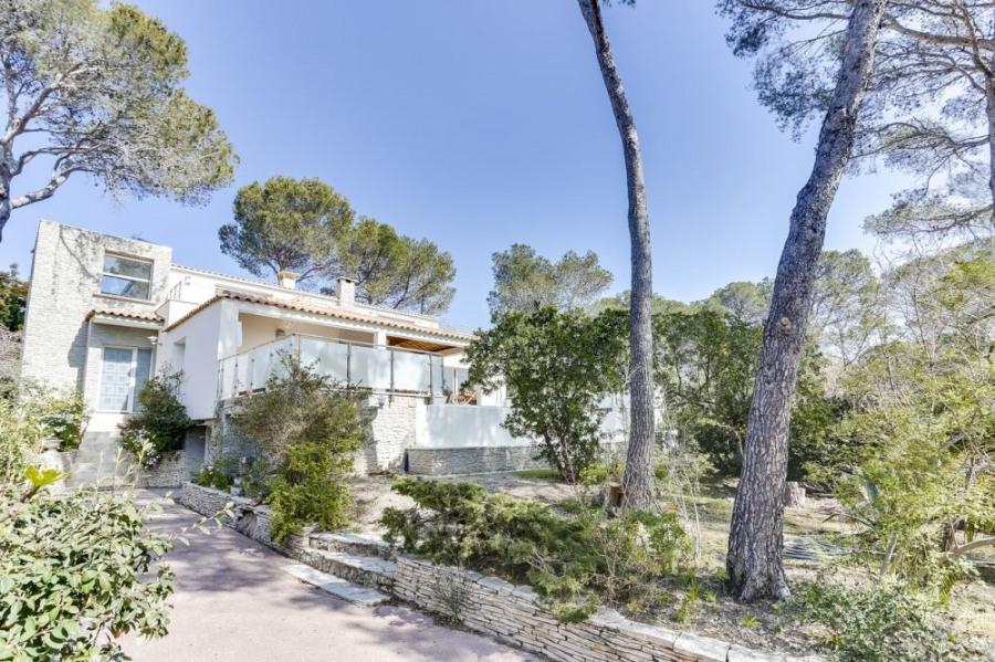 squarebreak, Belle villa moderne au calme à Saint-Raphaël