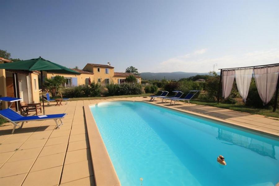 Appartement pour 2 pers. avec piscine privée, Saint-Saturnin-lès-Apt