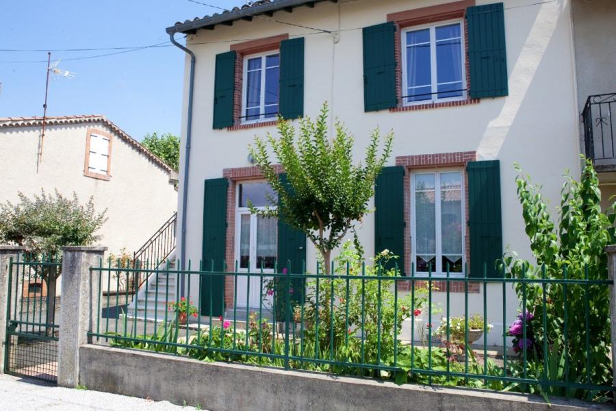 Maison avec terrasse et jardin, quartier calmee