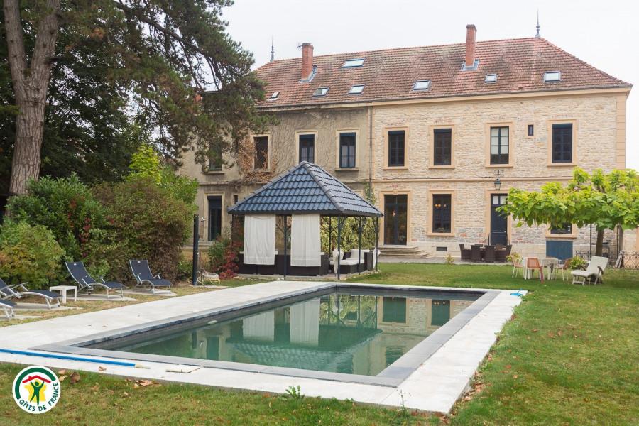 Location vacances La Tour-du-Pin -  Chambre d'hôtes - 5 personnes - Jardin - Photo N° 1