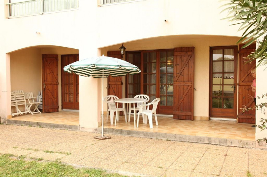 Location vacances Sanary-sur-Mer -  Appartement - 4 personnes - Chaise longue - Photo N° 1