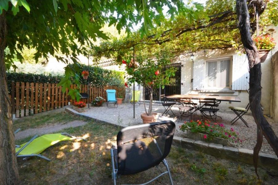 Location vacances Mollégès -  Gite - 6 personnes - Barbecue - Photo N° 1