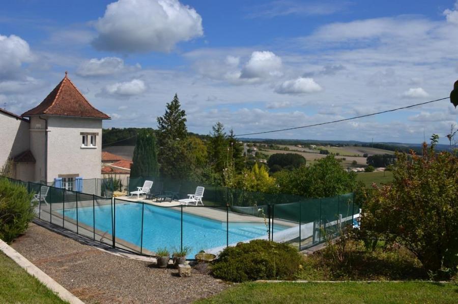 pour 8 pers. avec piscine privée, Léguillac-de-l'Auche