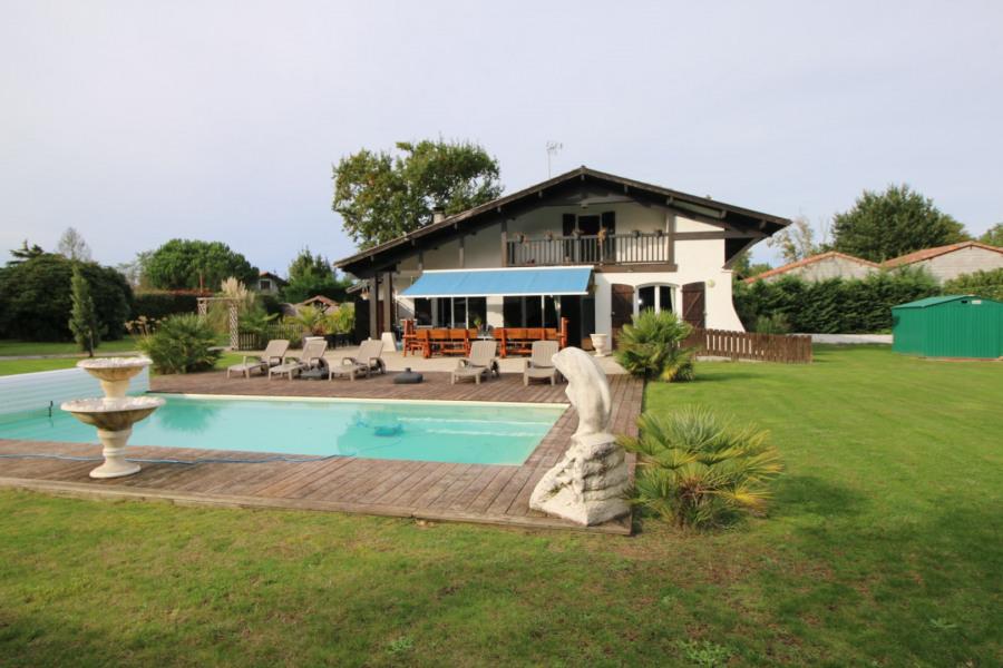 Location vacances Labouheyre -  Maison - 15 personnes - Barbecue - Photo N° 1