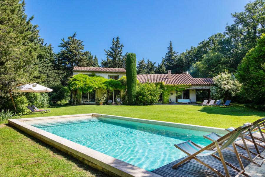 Vue de la villa côté piscine