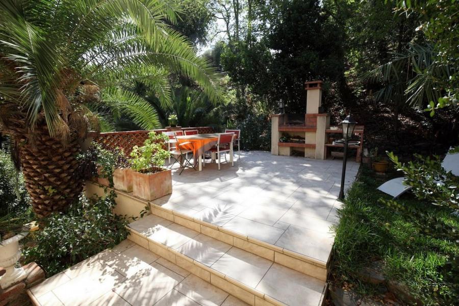 Location vacances Collioure -  Appartement - 4 personnes - Aspirateur - Photo N° 1
