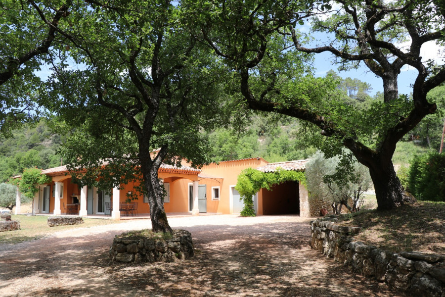 Holiday rentals Allemagne-en-Provence - House - 7 persons - BBQ - Photo N° 1