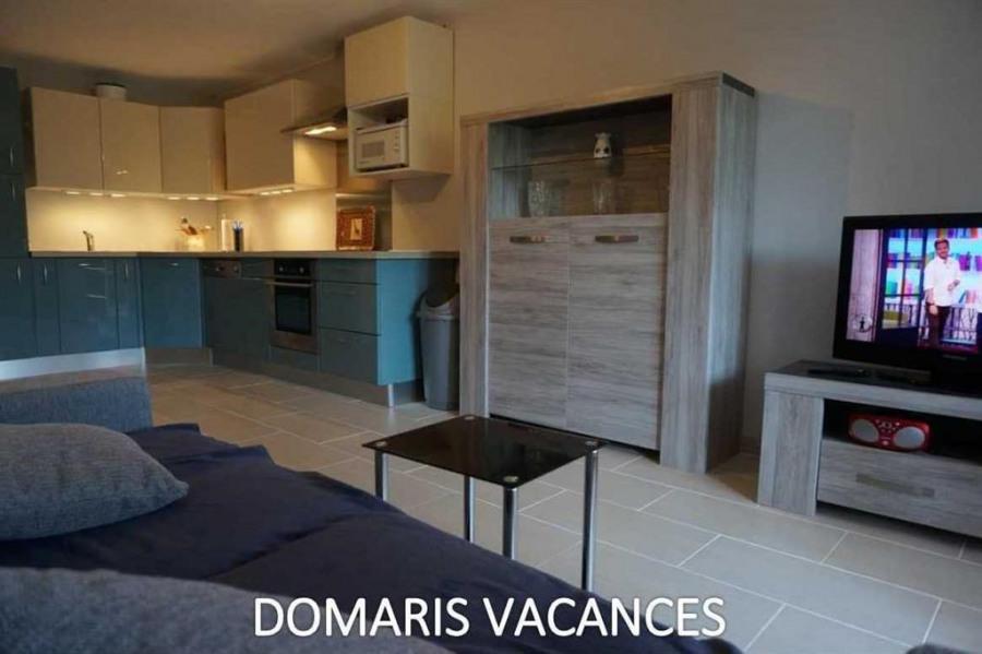 Location vacances Fréjus -  Appartement - 5 personnes - Chaise longue - Photo N° 1