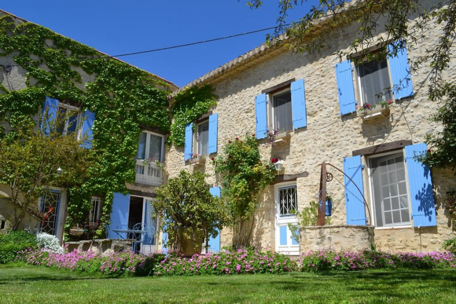 Holiday rentals Pierrerue - House - 8 persons - BBQ - Photo N° 1