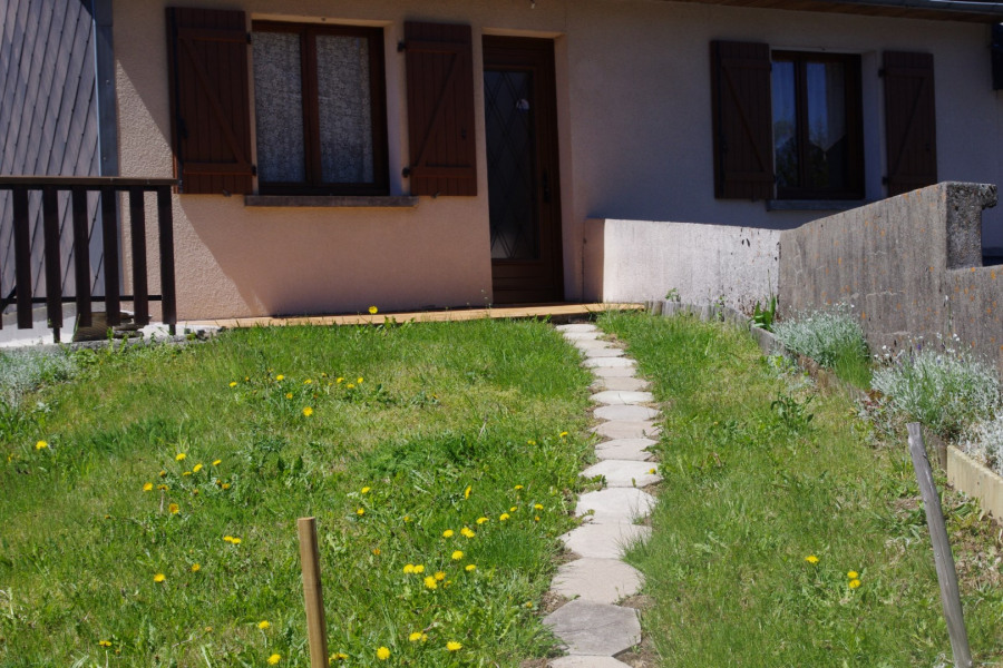 Holiday rentals Rochefort-Montagne - House - 4 persons - Television - Photo N° 1