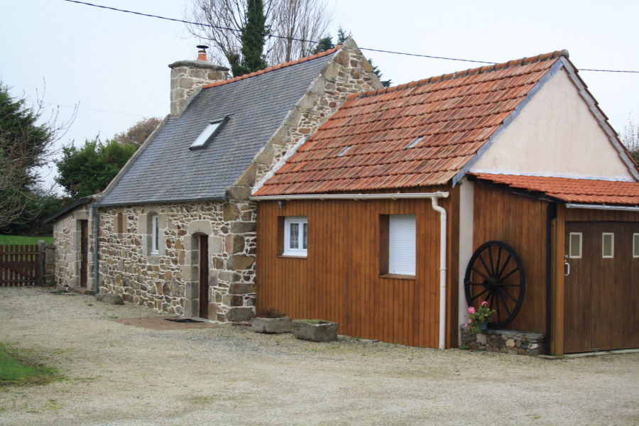 Location vacances Saint-Quay-Perros -  Maison - 3 personnes - Barbecue - Photo N° 1